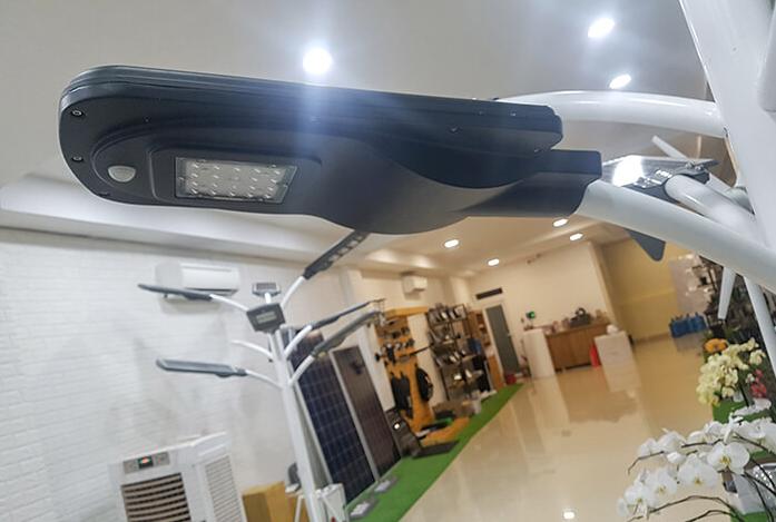 Phân phối đèn năng lượng mặt trời tại Đà Nẵng
