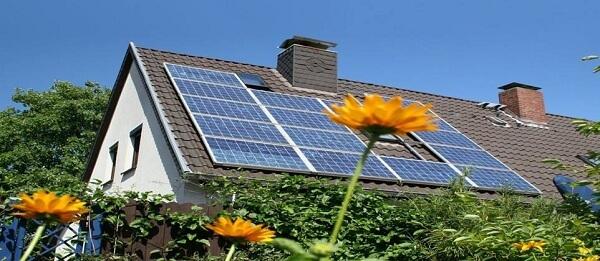 Năng lượng mặt trời lắp mái nhà