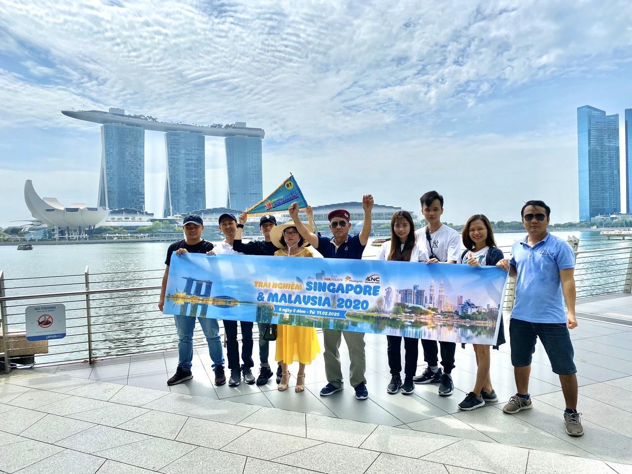 Ánh Nguyệt Cường phân phối Camera Ezviz Đà Nẵng dẫn đại lý du lịch Singapore